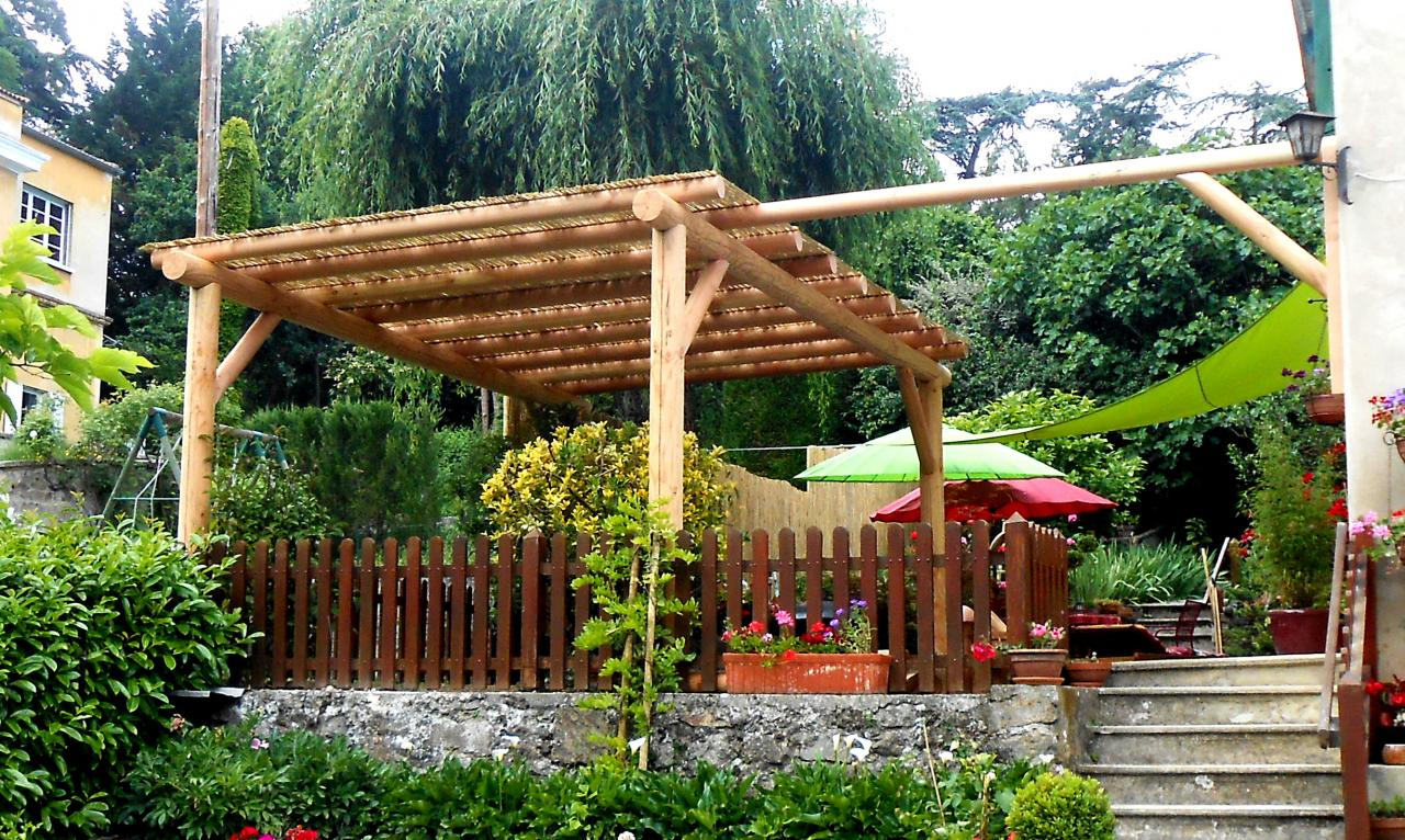 structure pergola bois pergola meltem x poteaux with structure pergola bois stunning bois. Black Bedroom Furniture Sets. Home Design Ideas
